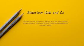 conception-site-web-crayons-feuille-papier-jaune